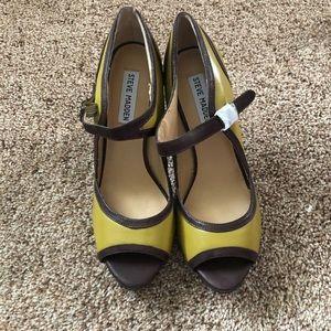 Steve Madden green and brown heels